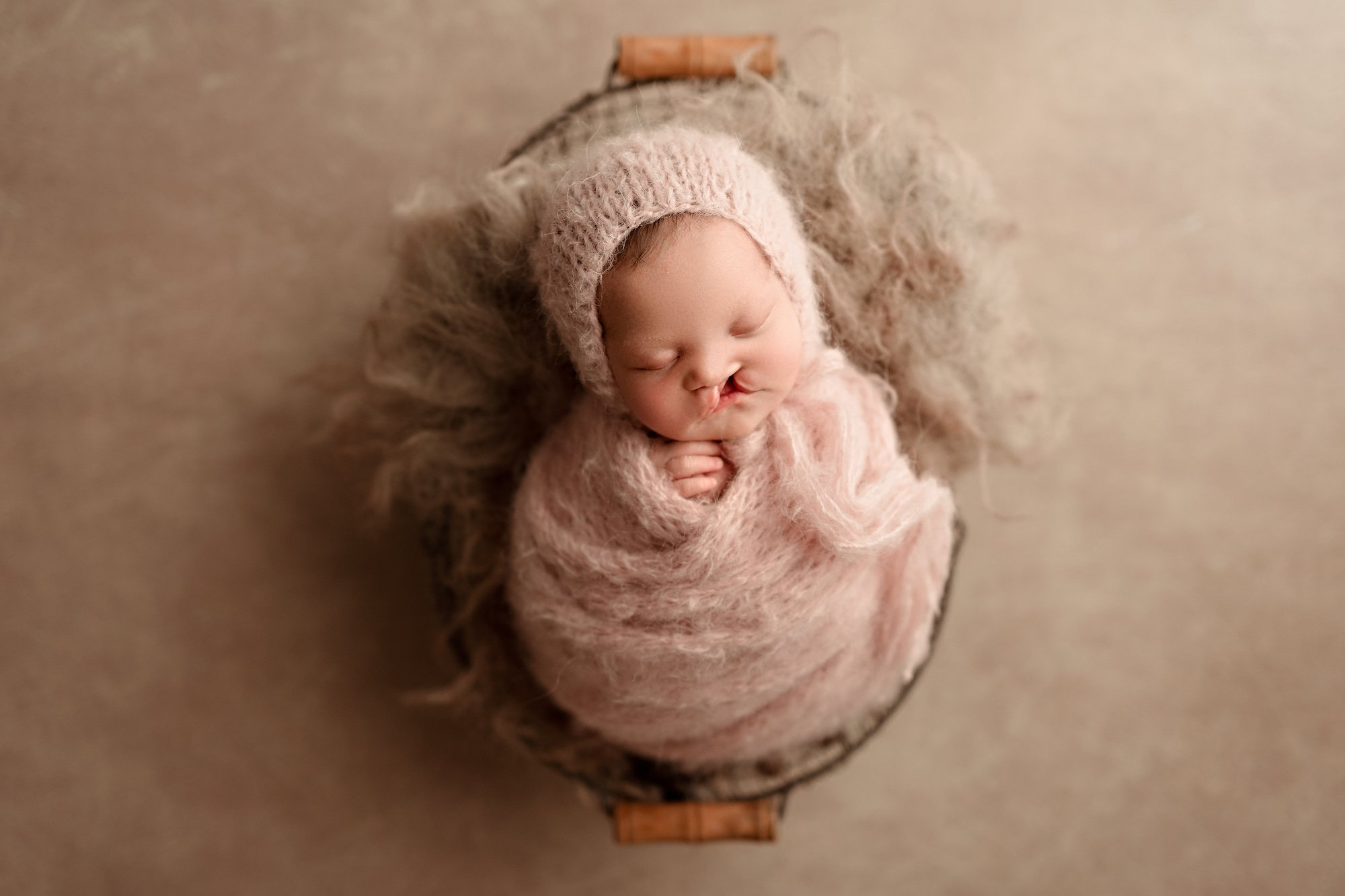 newborn photoshoot calgary ab