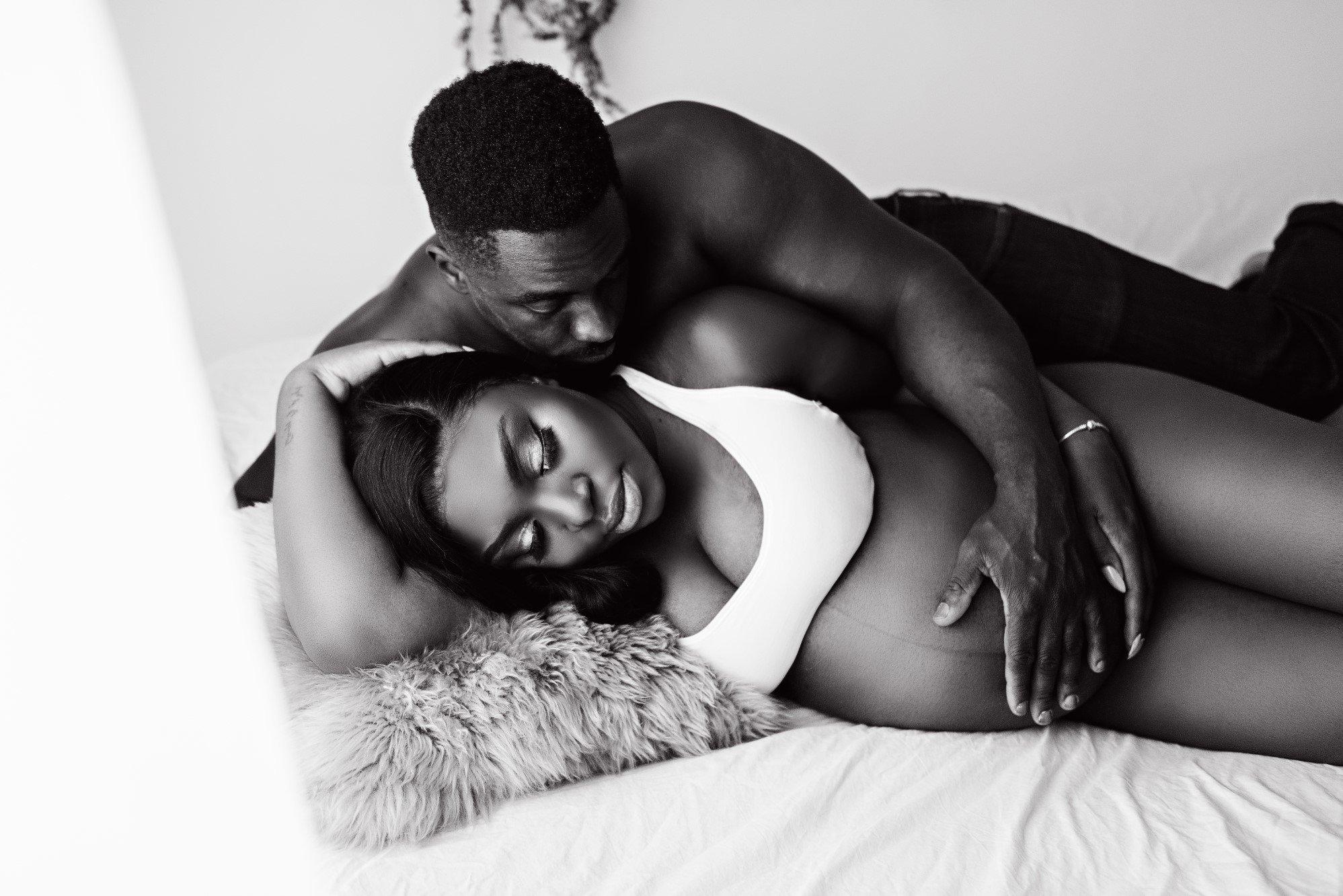 calgary maternity and newborn photography