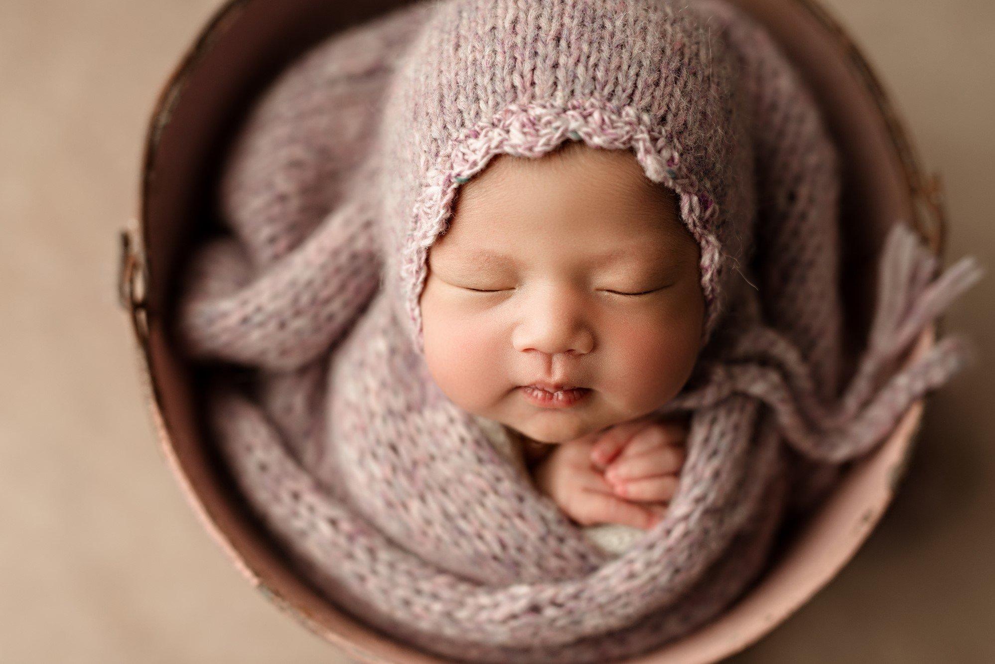 professional newborn photographer